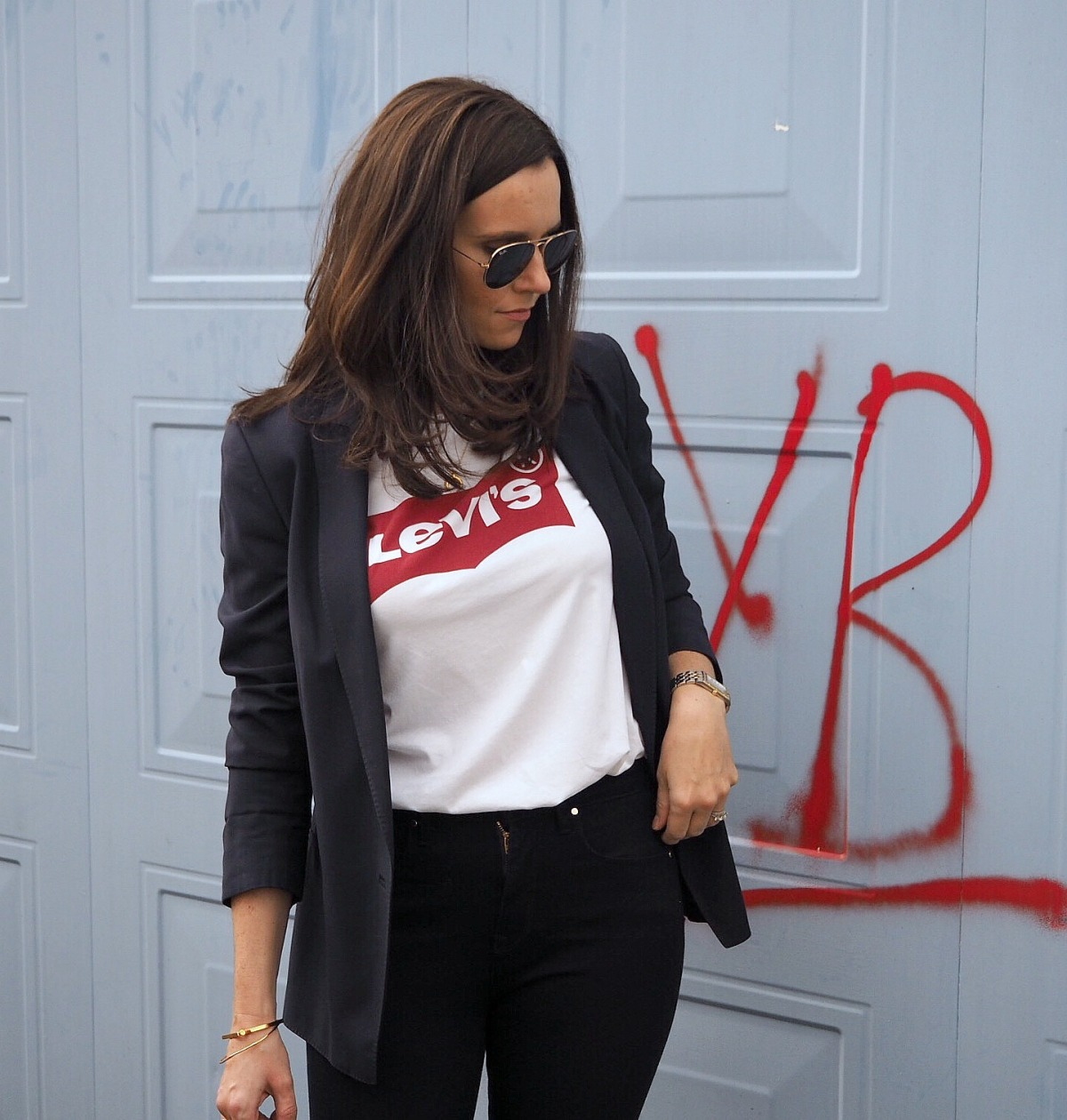 Wardrobe Picks – Levi's Tee & Blazer